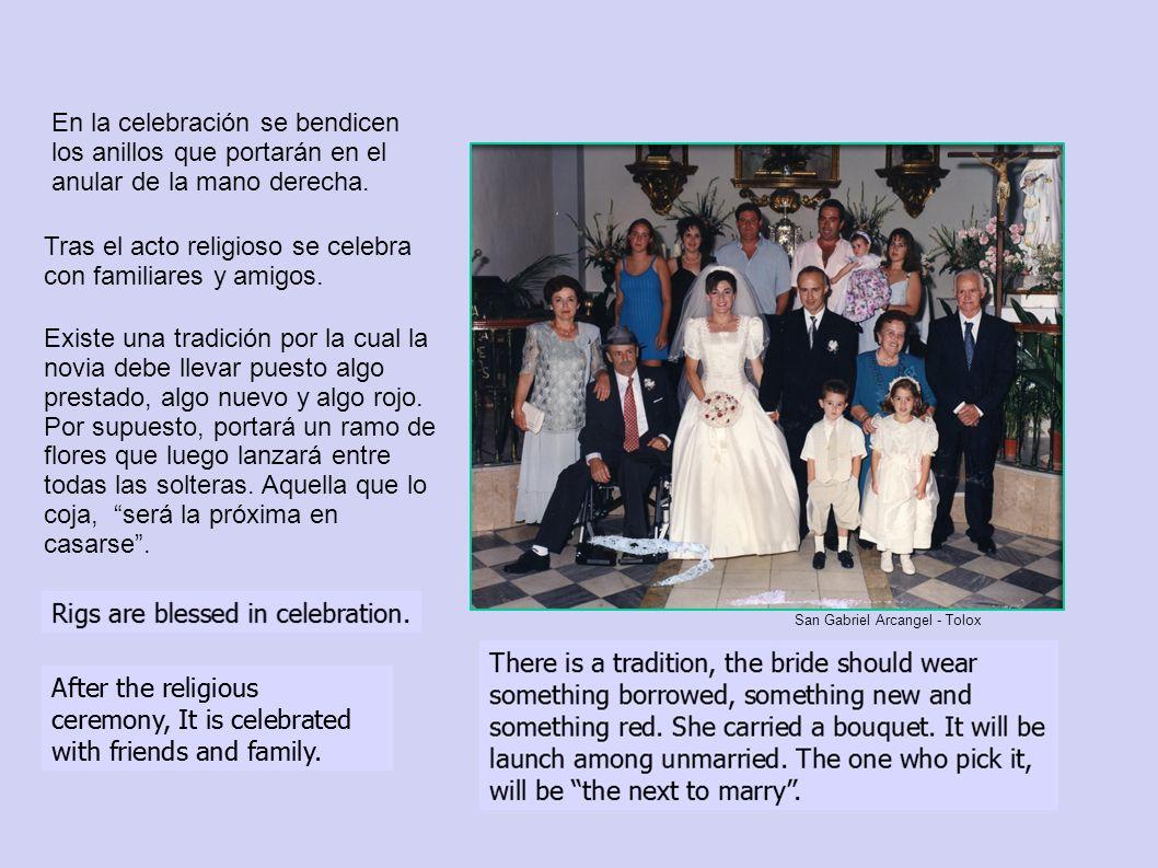 Tras el acto religioso se celebra con familiares y amigos. En la celebración se bendicen los anillos que portarán en el anular de la mano derecha. Exi