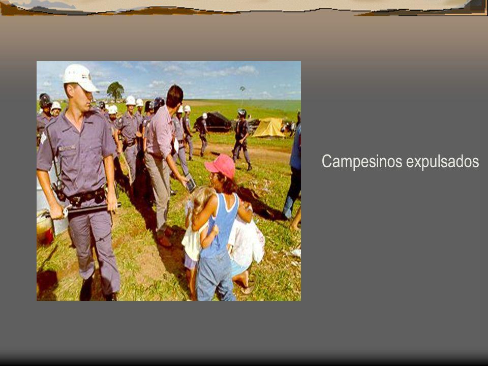 Campesinos expulsados