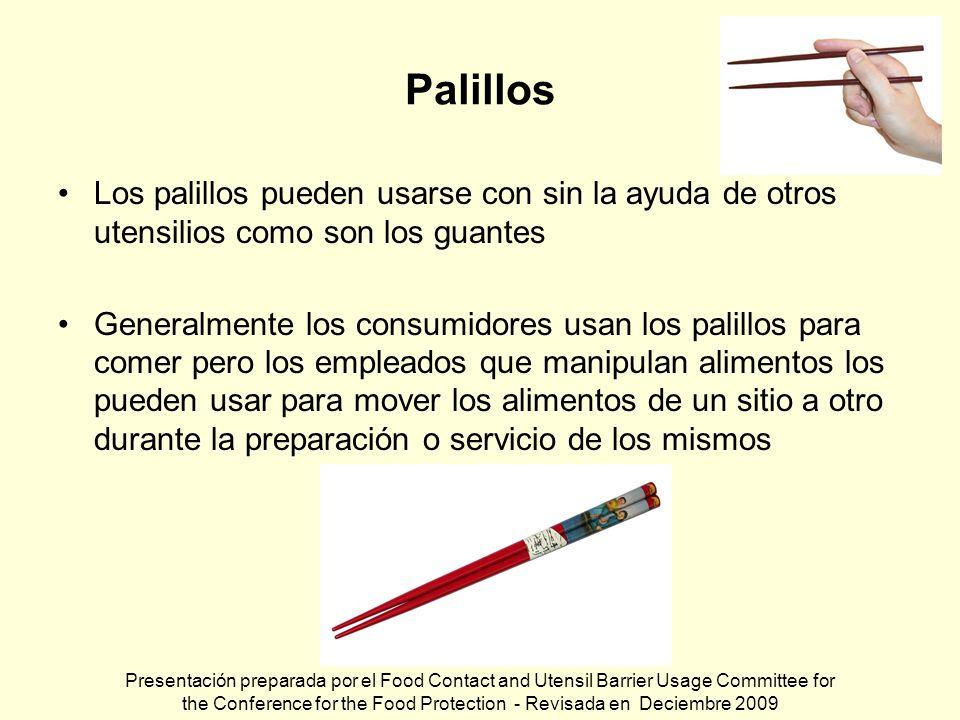 Palillos Los palillos pueden usarse con sin la ayuda de otros utensilios como son los guantes Generalmente los consumidores usan los palillos para com