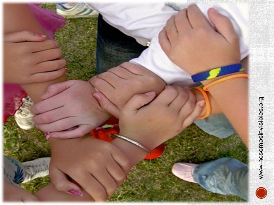 a familia es el elemento natural y fundamental de la sociedad y tiene derecho a la protección de la sociedad y del Estado.