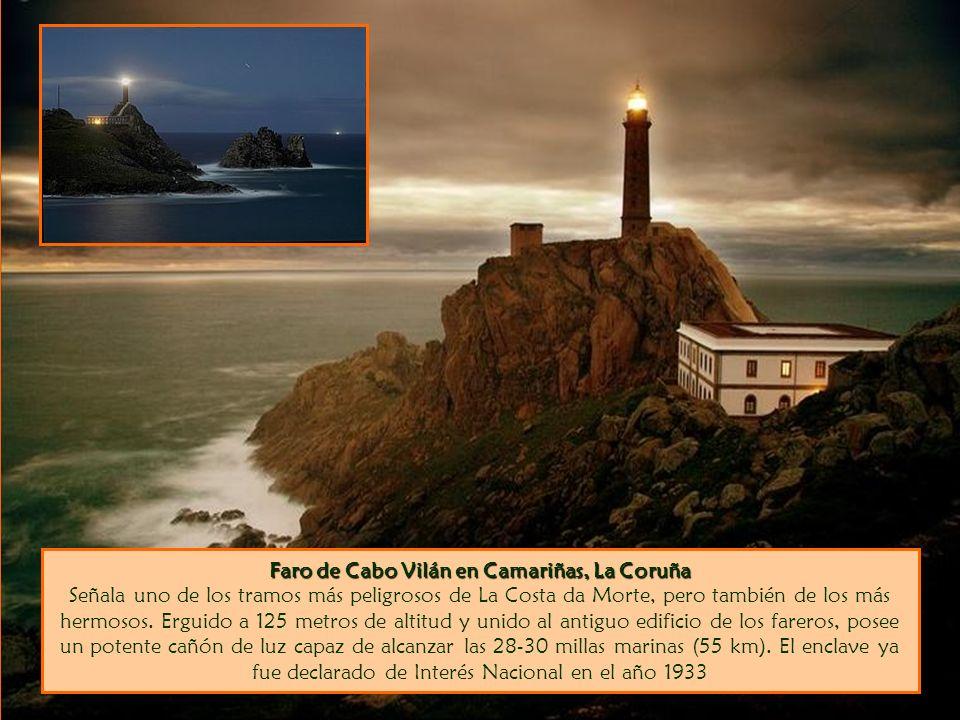 Faro de Cabo Vilán en Camariñas, La Coruña Faro de Cabo Vilán en Camariñas, La Coruña Señala uno de los tramos más peligrosos de La Costa da Morte, pero también de los más hermosos.