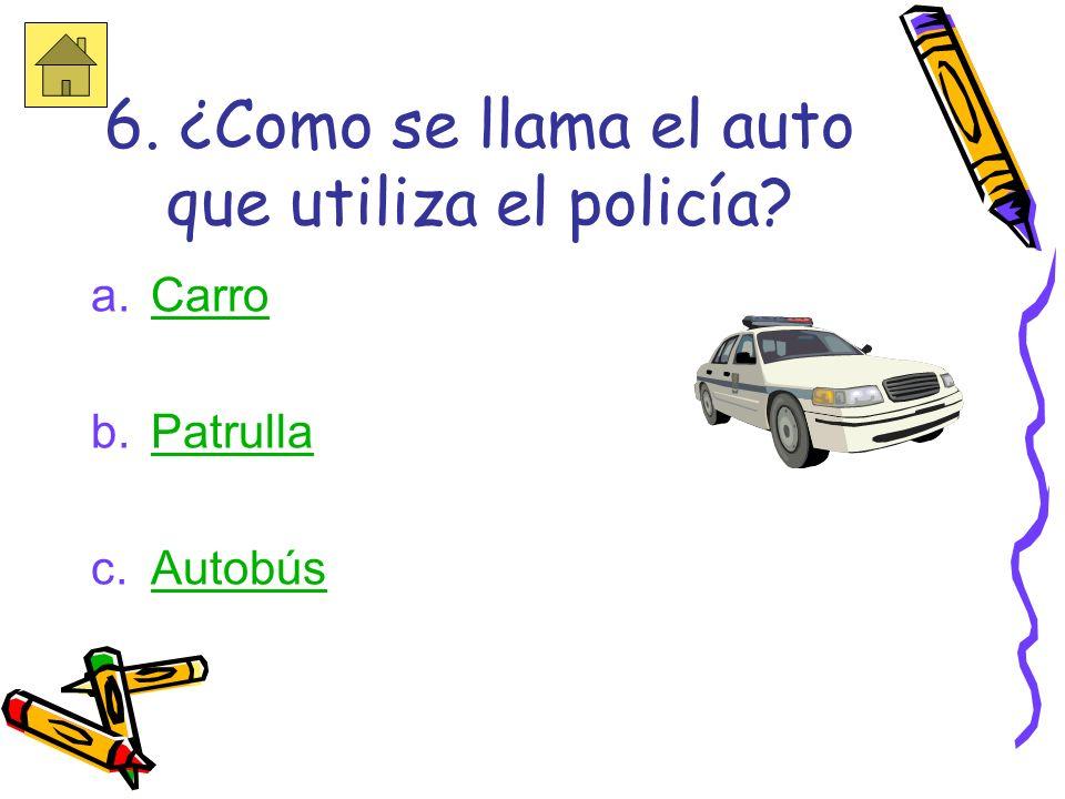 Trata otra vez!!! El policía ayuda a cuidar de la comunidad.