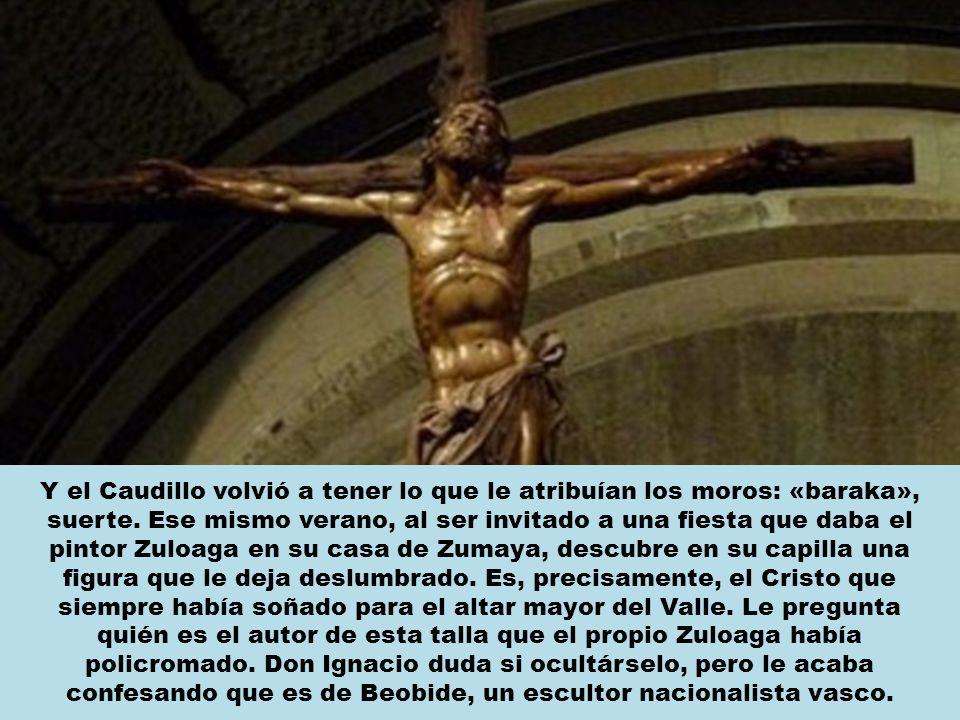 La madera para hacer la cruz de este Cristo la había elegido el propio Franco en la sierra al ver la forma de la rama de una sabina.