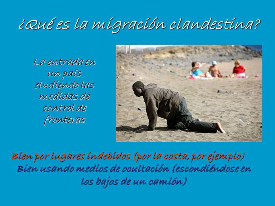 Se dice que tenemos que luchar contra: –la migración clandestina, –la migración de delincuentes, –las mafias que controlan las migraciones clandestinas –el tráfico de personas.