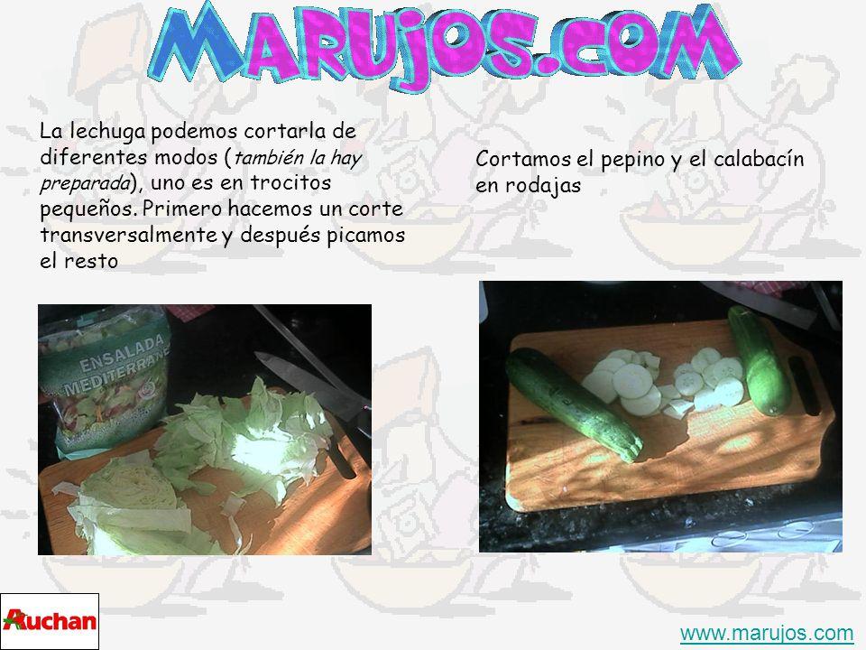 Una ensalada siempre viene bien www.marujos.com Lo que necesitamos 1.1 Bote de Apio rayado 2.1 Bote de zanahoria rayada 3.1 Lechuga tipo eisberg (ya esta lavada) 4.Tomatitos pequeños 5.1 Pepino 6.1 Calabacín 7.1 Cebolla 8.1 Bote de maíz dulce en grano 9.1 bote pepinillos 10.Sal/pimienta 11.Aceite 12.vinagre