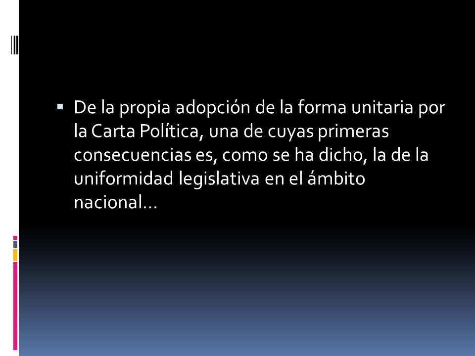 Reconoce la Corte que la forma de Estado unitaria fue atemperada con el reconocimiento de los principios de descentralización y autonomía de las entid