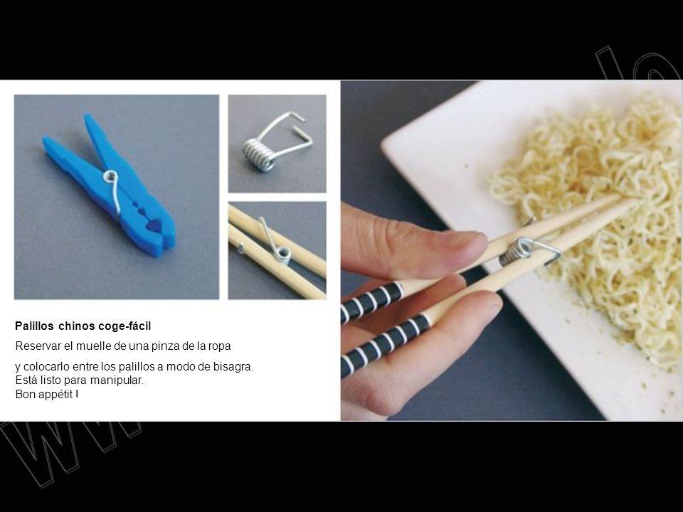 Palillos chinos coge-fácil Reservar el muelle de una pinza de la ropa y colocarlo entre los palillos a modo de bisagra. Está listo para manipular. Bon