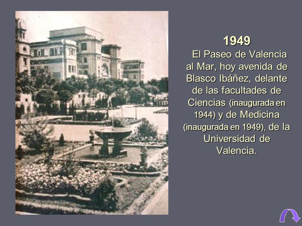 1965. Actual plaza de Zaragoza, antes de su remodelación al abrir la avenida de Aragón. Las edificaciones situadas en medio de la plaza fueron realiza
