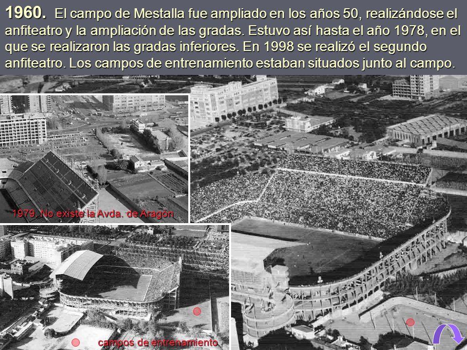1927. Nueva tribuna de Mestalla, con palcos V.I.P., aunque entonces no se llamaban así. 1926. Construcción de la tribuna cubierta de Mestalla.