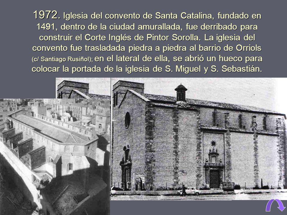 1960. Calle Sagunto (a la izquierda), con el colegio de los Salesianos, esquina con la Avda. de Ramiro Ledesma, (hoy Constitución).