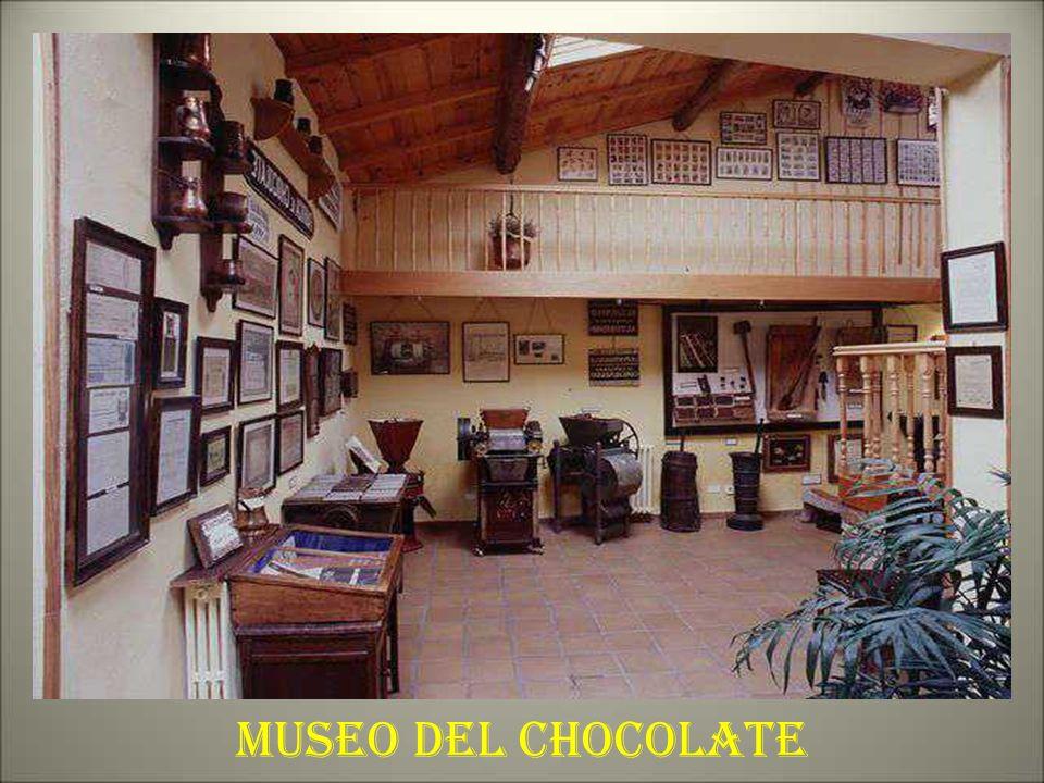 LAS MANTECADAS DE ASTORGA Es un producto de repostería muy conocido y con una gran tradición. El origen de las mantecadas de Astorga se remonta a más