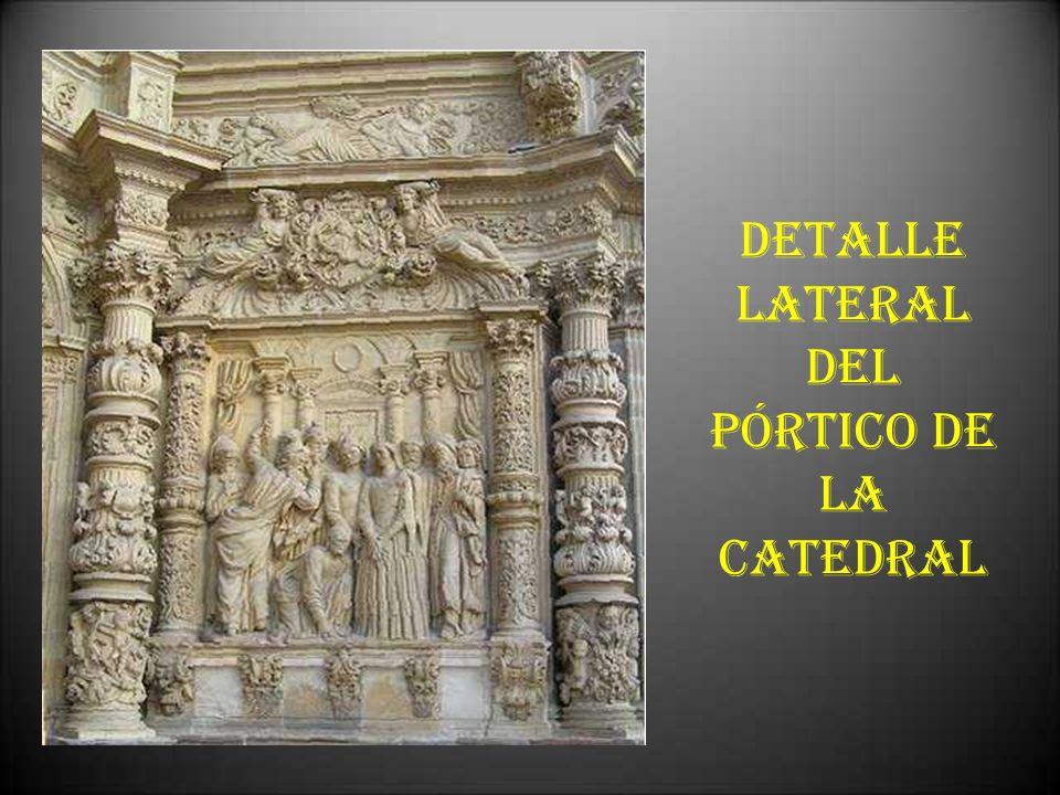 DETALLE LATERAL DEL PÓRTICO DE LA CATEDRAL