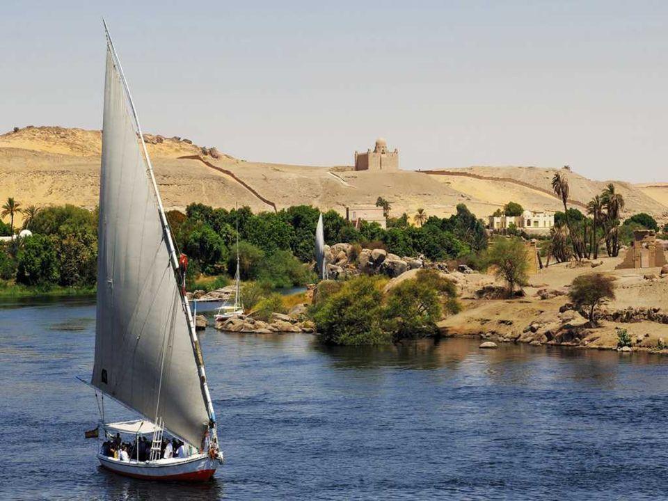 El Nilo se desbordaba anualmente, cuando las aguas procedentes de Uganda y Sudán fluían hacia el bajo Nilo en verano.