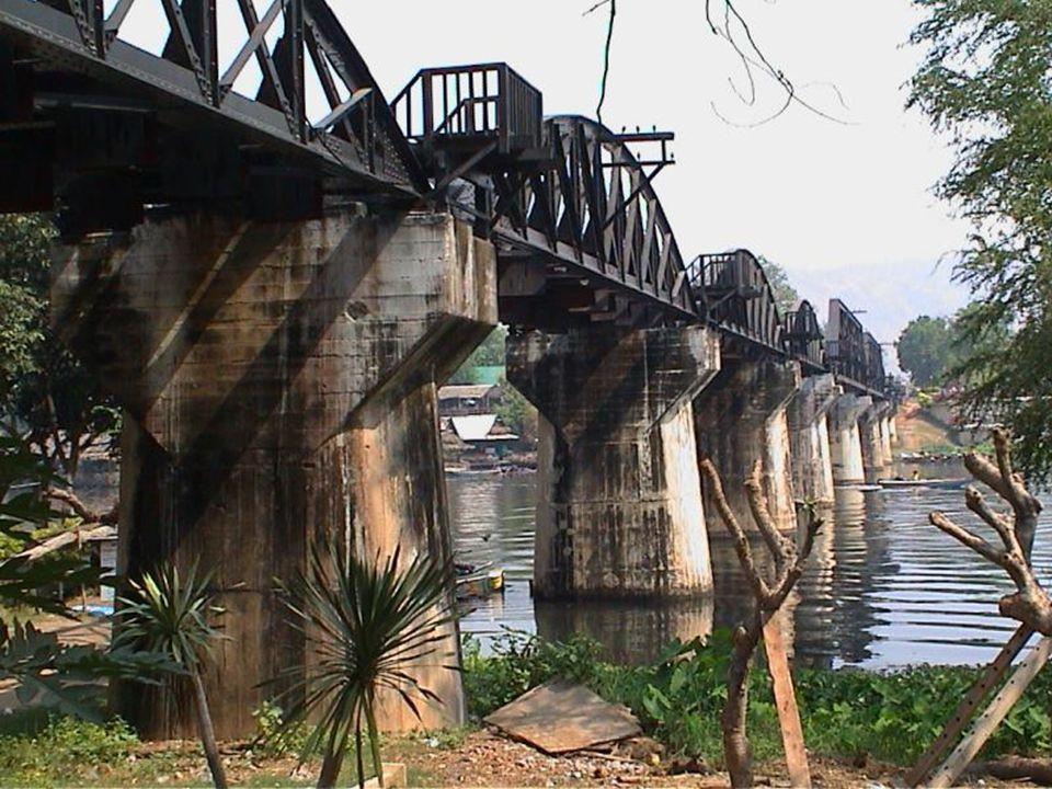 www.vitanoblepowerpoints.net La necesidad de un cruce sobre el río Kwai Yai, en el norte del lugar Kanczanaburi llamado Tha Makkham, fue uno de los mayores obstáculos en la construcción del ferrocarril tailand- birmano.