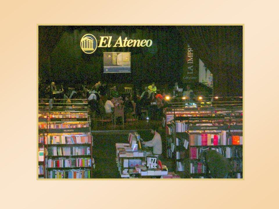 El Ateneo cuenta con salones de lectura de ambiente intimista; un espacio que da cabida a la modernidad, habilitado con computadoras para consultar y realizar compras on line; el Ateneo junior, donde los más chicos pueden disfrutar de juegos interactivos, así como servicios de cafetería y bar.