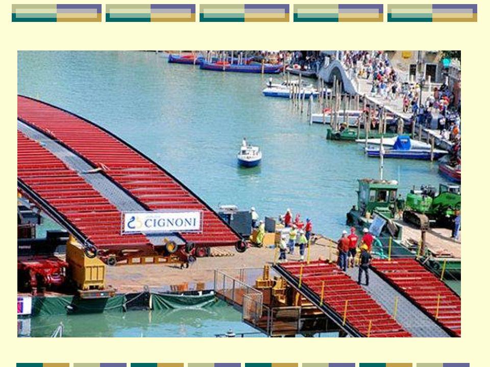 La facture est salée La factura se ha hinchado - Lorsqu il a été commandé, en 1999, le pont devait coûter 4,07 millions d euros.
