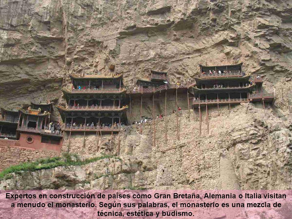Expertos en construcción de países como Gran Bretaña, Alemania o Italia visitan a menudo el monasterio. Según sus palabras, el monasterio es una mezcl