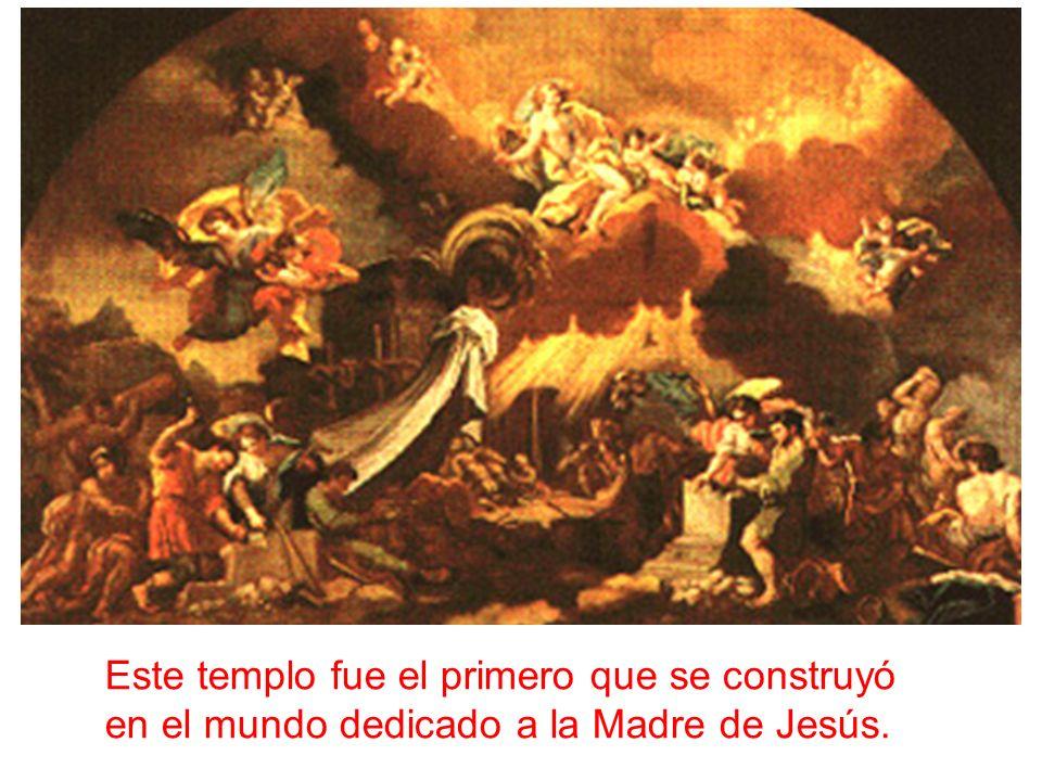 Este templo fue el primero que se construyó en el mundo dedicado a la Madre de Jesús.