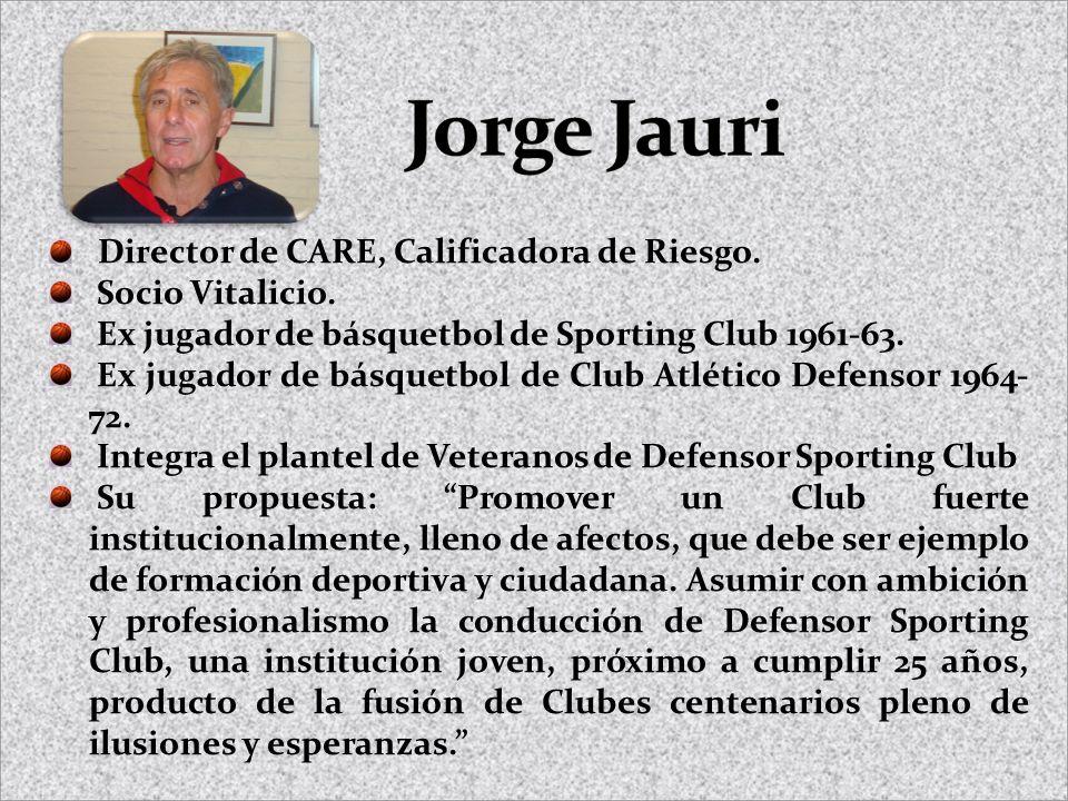Director de CARE, Calificadora de Riesgo. Socio Vitalicio. Ex jugador de básquetbol de Sporting Club 1961-63. Ex jugador de básquetbol de Club Atlétic