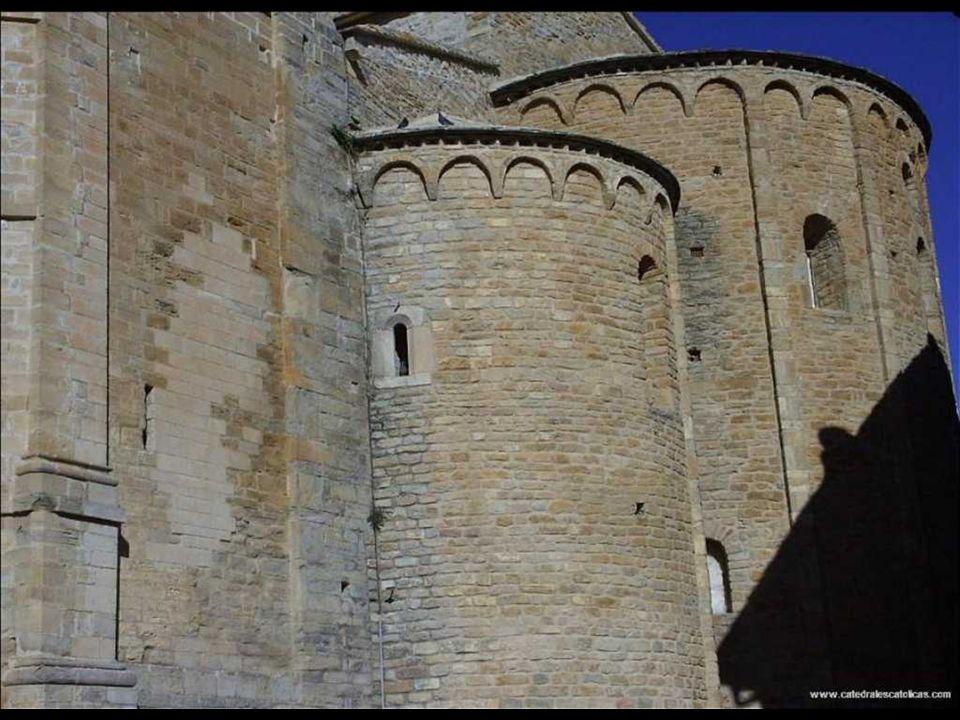 Catedral de Roda de Isabena Construcción siglo XI-siglo XII Estilo arquitectónico Románico El nombre de Roda parece provenir del nombre Arobda, con si