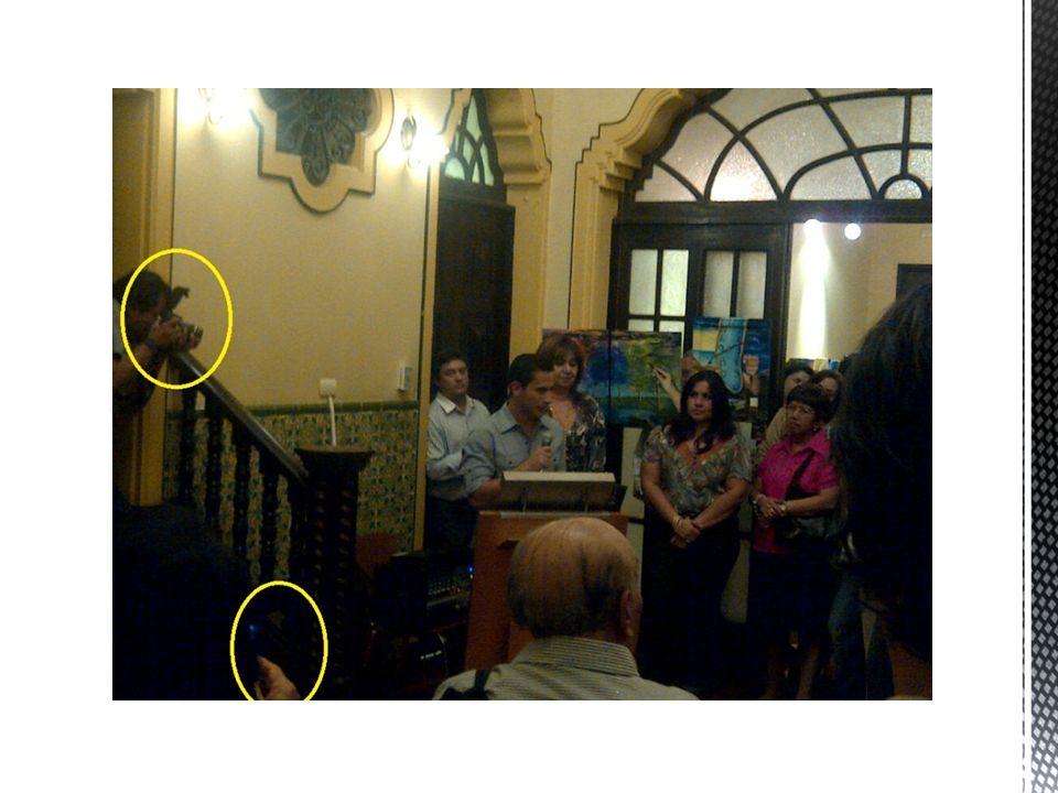 El volumen del micrófono estaba muy bajo.No fueron puntuales al momento del speech.
