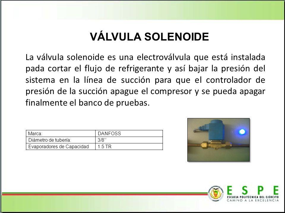 La válvula solenoide es una electroválvula que está instalada pada cortar el flujo de refrigerante y así bajar la presión del sistema en la línea de s