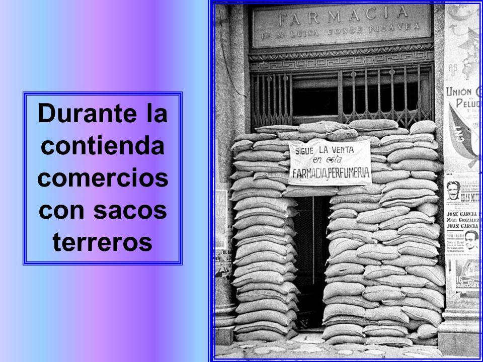 El metro de Madrid sirvió de refugio subterráneo para protegerse de los bombardeos aéreos. La concurrida estación de Gran Vía, en la Línea 1, no fue u