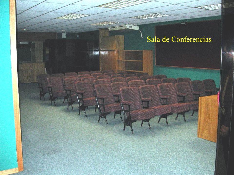 Escritorio 3 Escritorio 2 Escritorio 1 Sala de conferencias