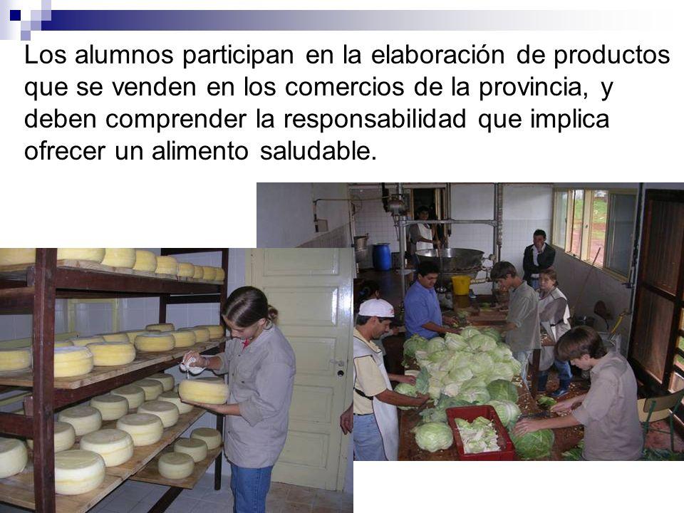 Los alumnos participan en la elaboración de productos que se venden en los comercios de la provincia, y deben comprender la responsabilidad que implic