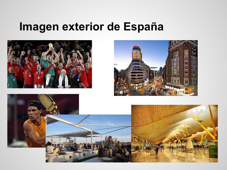 ACCIÓN CULTURAL ESPAÑOLA (AC/E) - Organismo público dedicado a impulsar y promocionar la cultura y el patrimonio de España, dentro y fuera de nuestras fronteras - Coordinación con instituciones públicas y privadas para la promoción de la cultura en el exterior - Apoyo a artistas españoles dentro y fuera de nuestras fronteras - Promoción internacional de proyectos involucrando a diseñadores, científicos y creadores