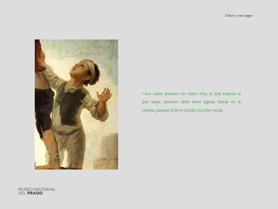 Los niños pueden ver cómo otro, el que empuja al que trepa, también debe tener alguna herida en la cabeza, porque la lleva ceñida con una venda.