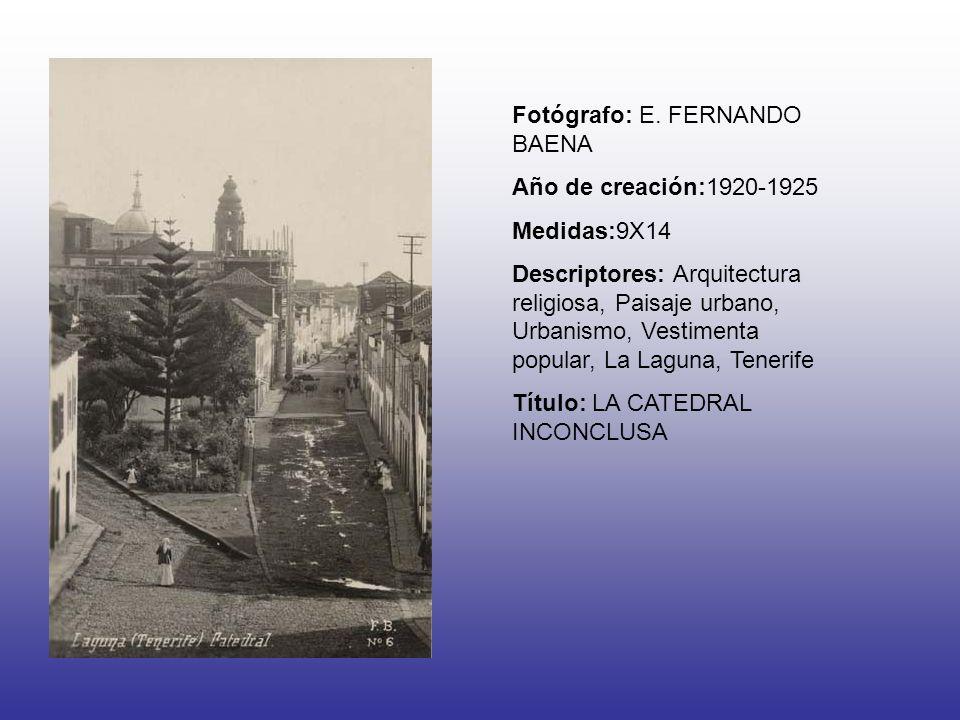 Fotógrafo: E. FERNANDO BAENA Año de creación:1920-1925 Medidas:9X14 Descriptores: Arquitectura religiosa, Paisaje urbano, Urbanismo, Vestimenta popula