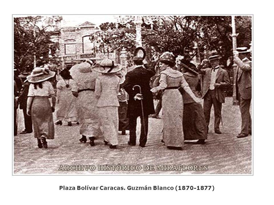 Palacio de Miraflores. Patio central. Año