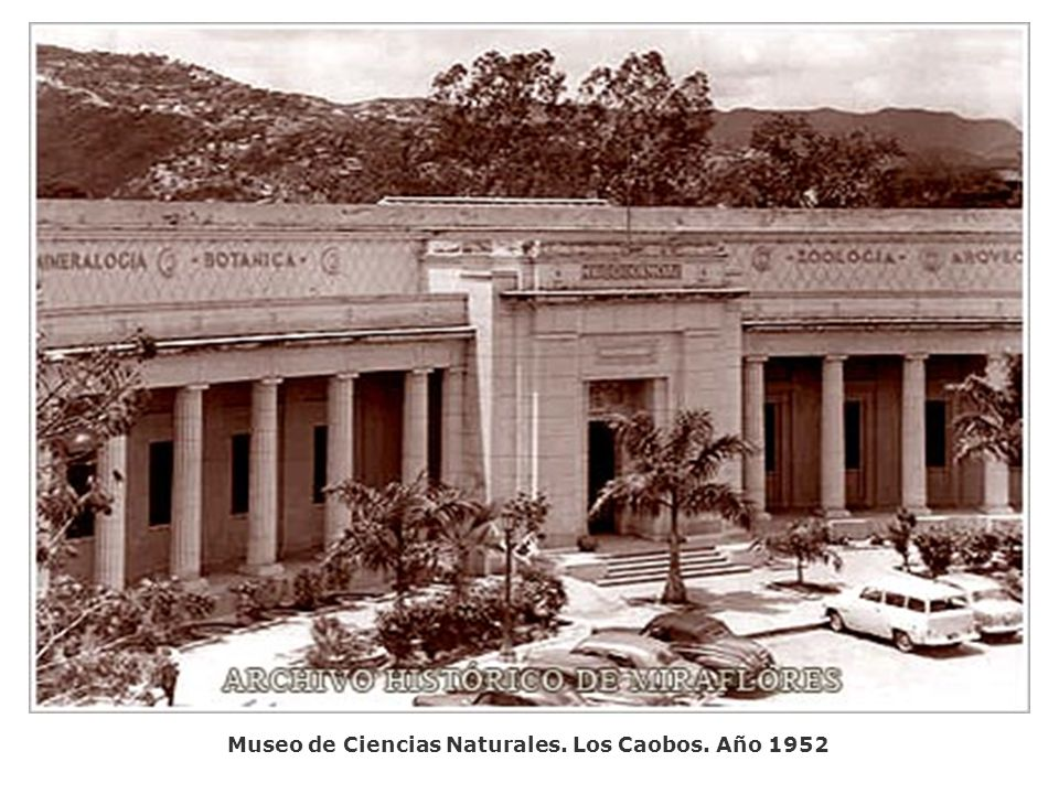 Palacio Blanco y Regimiento Guardia de Honor. Año 1952
