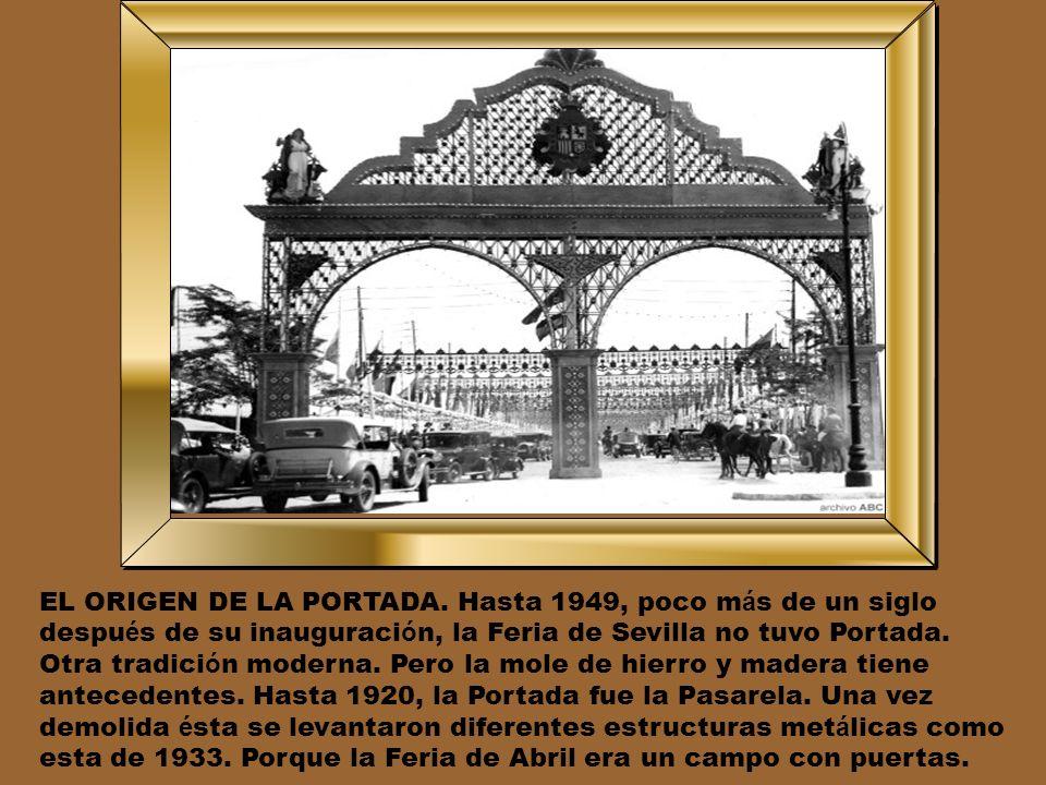 LA FERIA DE NOCHE. La foto es de 1928. Las luces son de gas. Las justas. Al caer la noche, el Prado de San Sebasti á n traza una cruz. De San Fernando