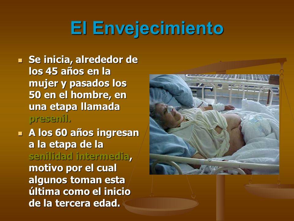 El tiempo de enfermedad promedio fue de 3,2 días El tiempo de enfermedad promedio fue de 3,2 días Tres cuartas partes de los adultos mayores con Apendicitis aguda acuden después de 24 horas del inicio de los síntomas.