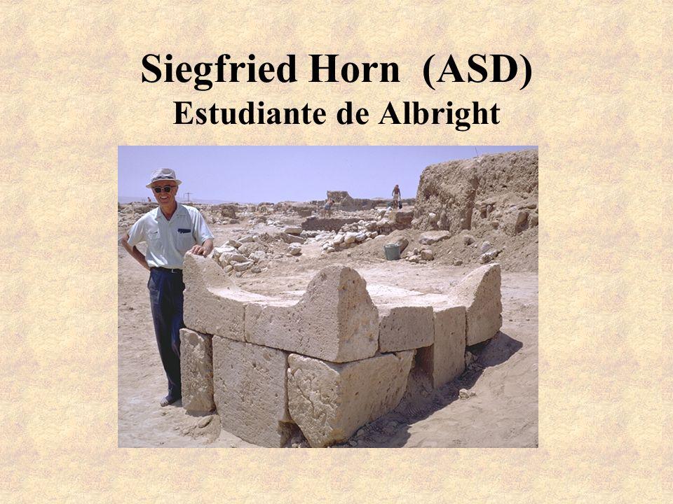 Siegfried Horn (ASD) Estudiante de Albright