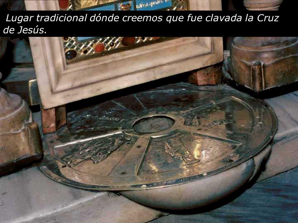 Altar de la Crucifixión en la Basílica del Santo Sepulcro Jesús lanzó un gran grito y expiró.