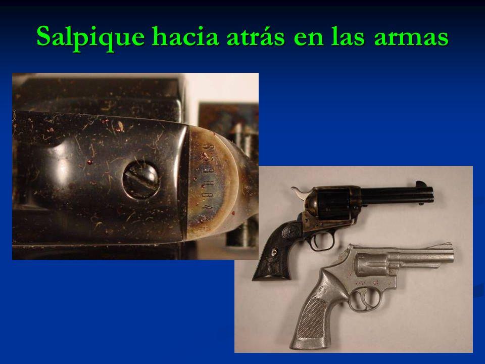 Salpique hacia atrás en las armas