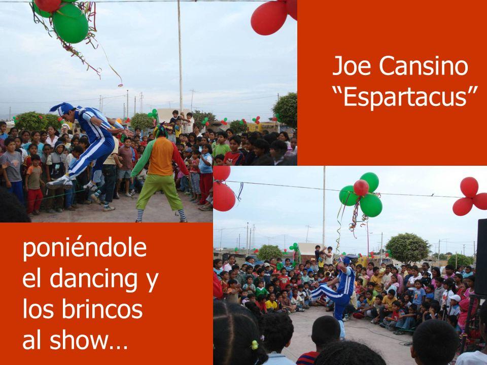 Show Joe Cansino Espartacus poniéndole el dancing y los brincos al show…