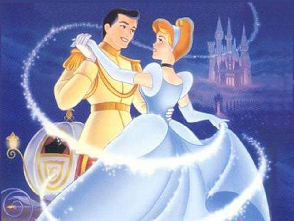 Finalmente, Cenicienta y el príncipe se casaron y vivieron para siempre felices en su palacio.