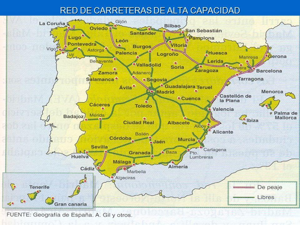 LA RED DE CARRETERAS TIENE DISTINTA TITULARIDAD La red estatal, gestionada por el Estado, soporta cerca del 60% del tráfico y está integrada por autopistas y autovías.