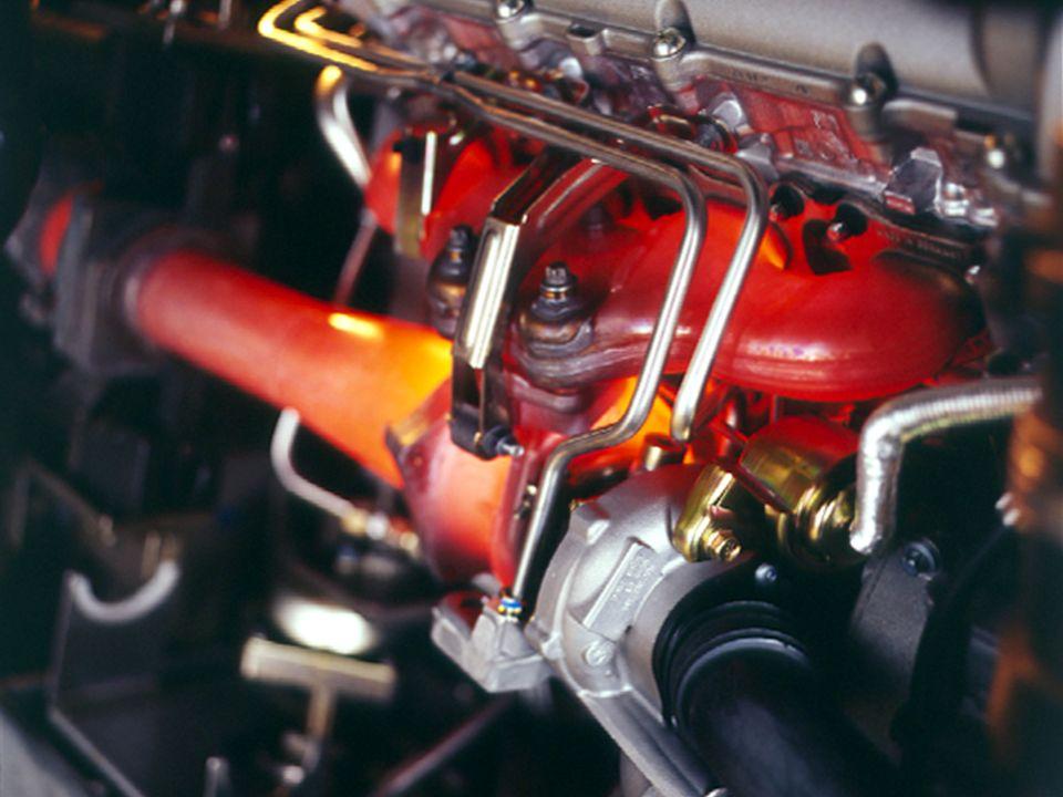 VRS 08/2004 Kit de potencia Cayenne Turbo 16 Disponibilidad mundial Disponible a través de programa individual (Exclusive/Opción I) - Código de opción:E81 - Inicio de fabricación: Semana 45 - Vehículos disponibles: Diciembre 2004 - Precio neto, incl.