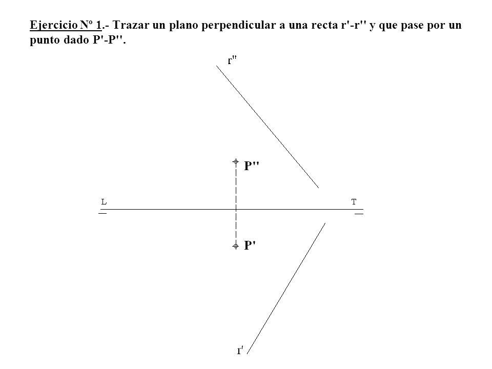 5º Por P trazamos la perpendicular t a h que es la proyección vertical de la recta perpendicular a α2.