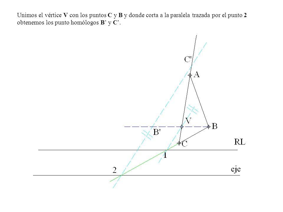 Unimos el vértice V con los puntos C y B y donde corta a la paralela trazada por el punto 2 obtenemos los punto homólogos B y C.