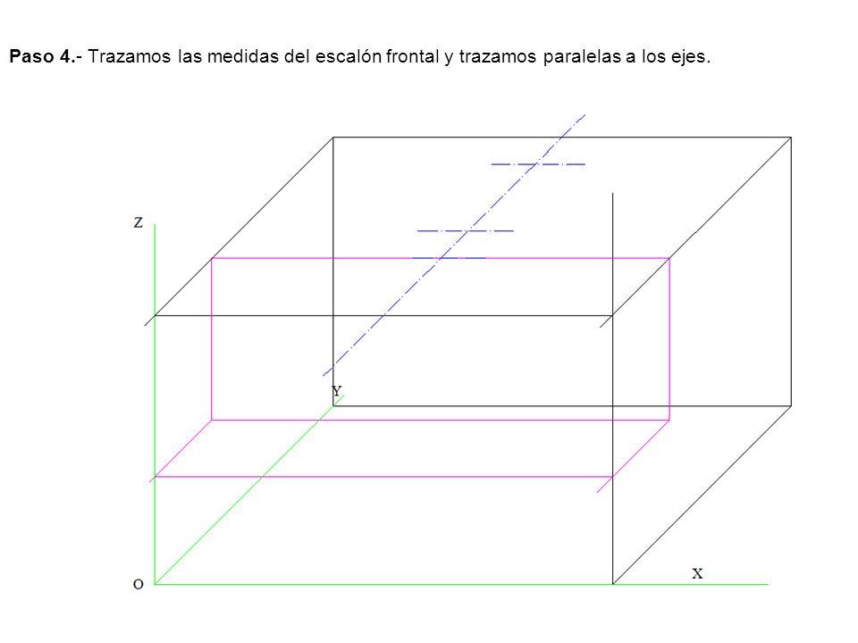 Paso 4.- Trazamos las medidas del escalón frontal y trazamos paralelas a los ejes.