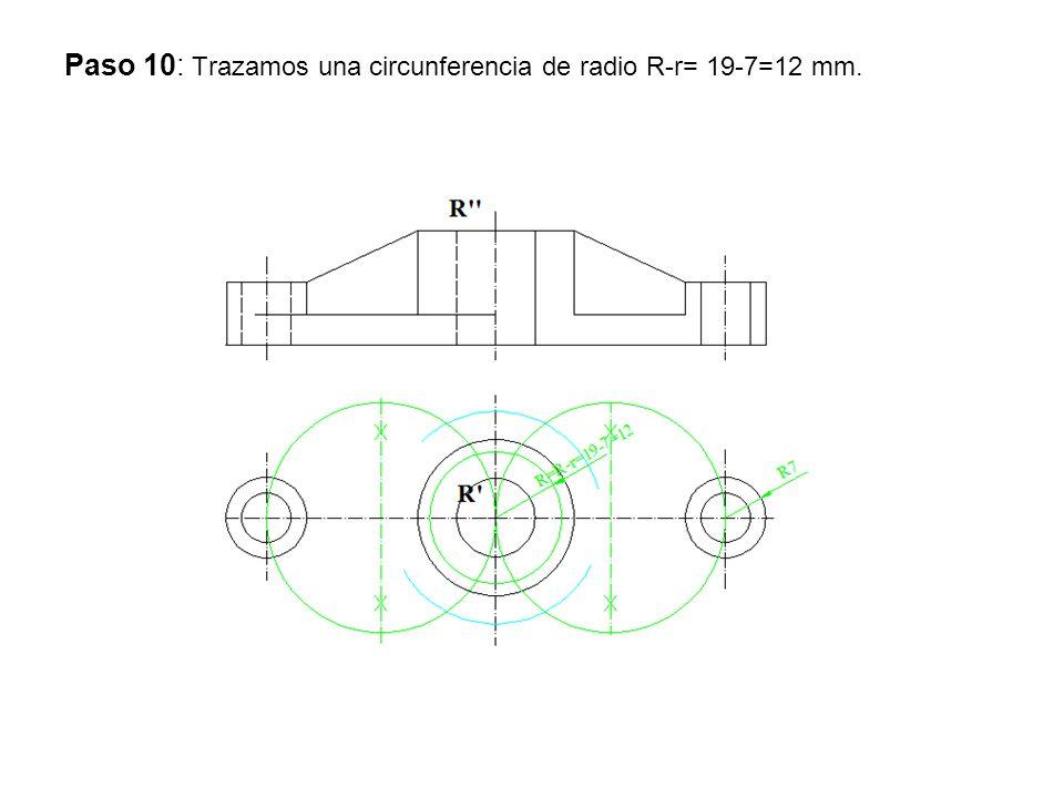 Paso 11: Por el punto de intersección de la circunferencia anterior con la que tienen centro en la mediatriz se unen con el centro R y por los centros de las circunferencia menores se trazan paralelas determinando los punto de tangencia.