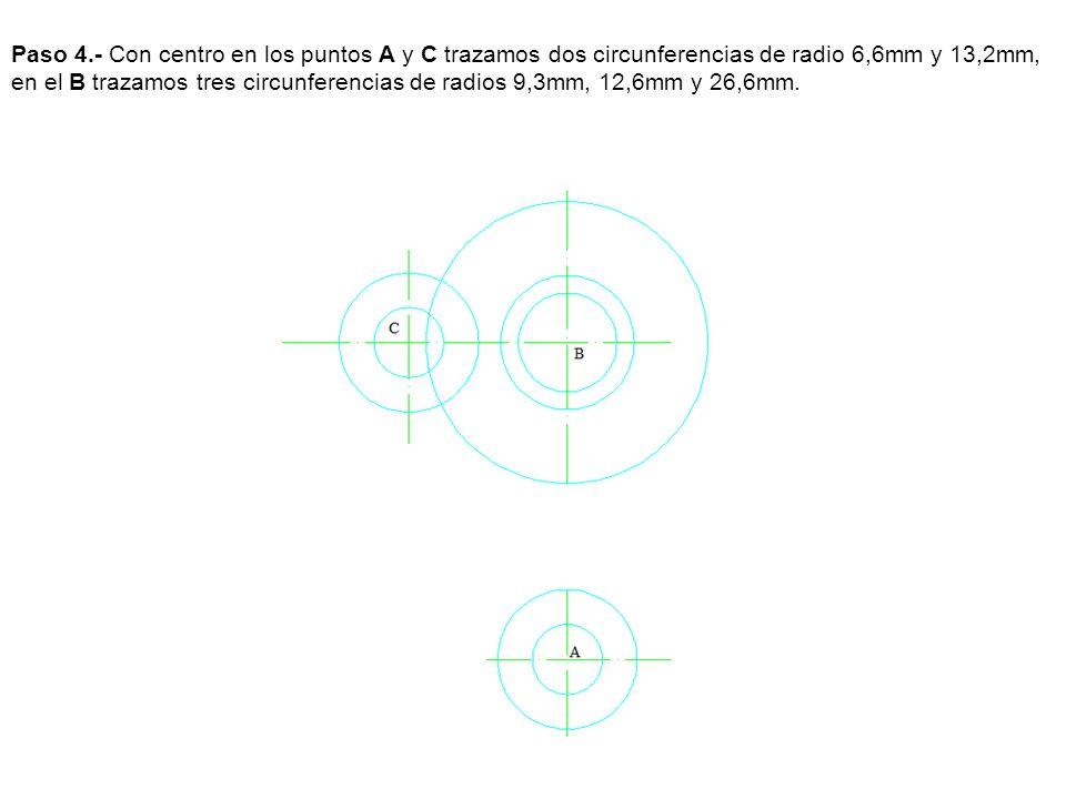 Paso 4.- Con centro en los puntos A y C trazamos dos circunferencias de radio 6,6mm y 13,2mm, en el B trazamos tres circunferencias de radios 9,3mm, 1