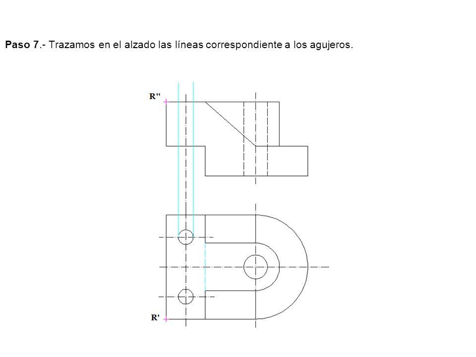 Paso 7.- Trazamos en el alzado las líneas correspondiente a los agujeros.