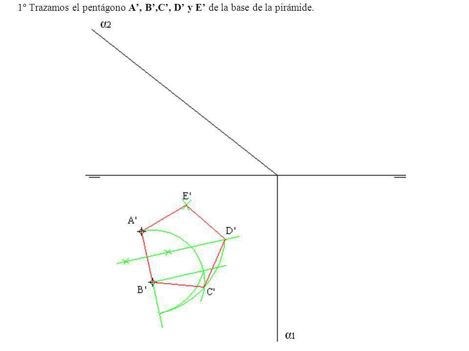 1º Trazamos el pentágono A, B,C, D y E de la base de la pirámide.